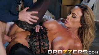 Brazzers - Aubrey Black needs a lil help at the sexshop