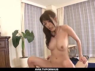 Akari Asagiri amazing milf sex with two makes – More at 69avs.com