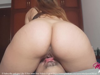 amateur. exclusive. pussy licking. young hot bitch with big ass.  @MiaQueenOficial