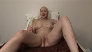 HOT BIG TIT BLONDE TEEN USES TOYS IN HER BED