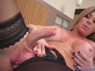 Palkkio dating app alasti sisaan lapua