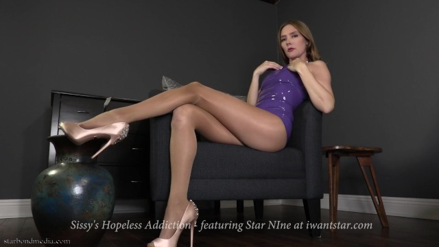 Floetrol latex paint additive - Sissys hopeless addiction - latex femdom pov teaser ft. star nine