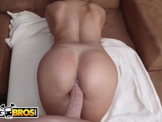 BANGBROS – Latina MILF (Maid I'd Like To Fuck) Cleans & Fucks 4 Cash