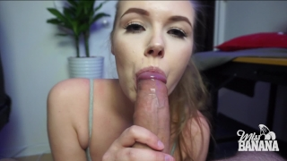 Before workout protein gets missy her cock view
