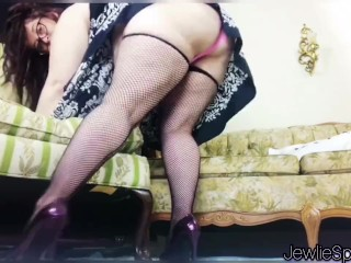 Plumper in fishnet stockings and heels farts for you! BBW fart fetish