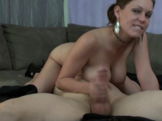 69 Live On Webcam, Ashley Sucking Huge Cock While Getting Her Pussy Licked!