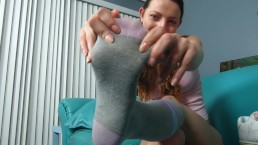 Bubblegum Brat Foot Tease