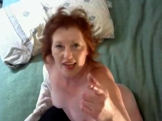 V45 Redhead MILF wiggles, jiggles and humps the pillow Booty poppin