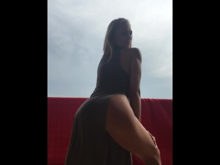 Slow Motion Siswet Twerking Booty