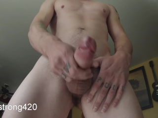 fit guy semi hard solo jerkoff