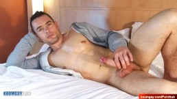 Ludo innocent delivery hetero guy gets wanked his cock by a guy