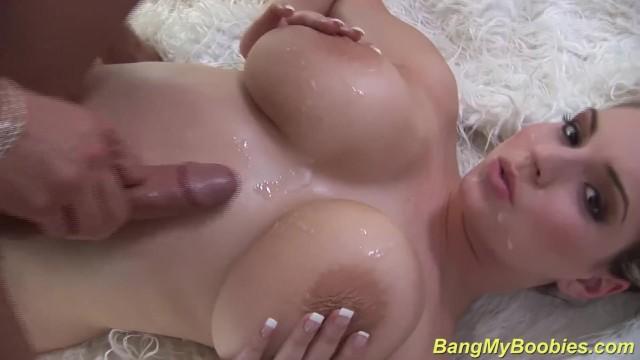 Big boob boobies breast knocker tit tit - Sexy milf gives big boob titfuck