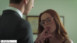 Vixen - Ella Hughes implora di essere legata e dominata