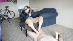 TSM - Rainy gives a footjob while sitting down
