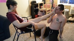 TSM - Worshiping Rainy's sexy bare feet as she busts my balls