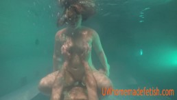 Sex underwater part 1