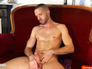 Male masturbator to handsome guy serviced in spite of him a porn. Axel !
