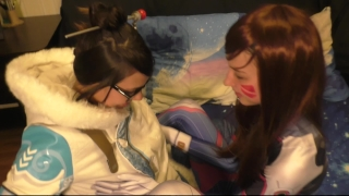 D. va and Mei Lesbian Оverwatch Сosplay Amateur orgasm