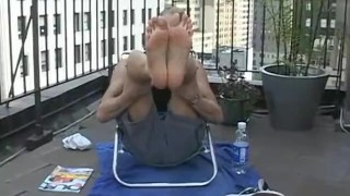 Blonde jock Jason sukcing his own hot feet outdoors Chewing fetish