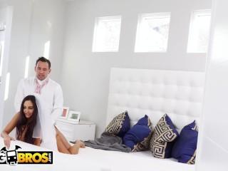 BANGBROS – Big Tits MILF Bride Ava Addams Fucks The Best Man