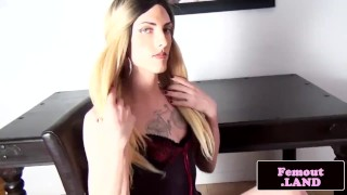 Tattooed femboy wanking her cock on the table