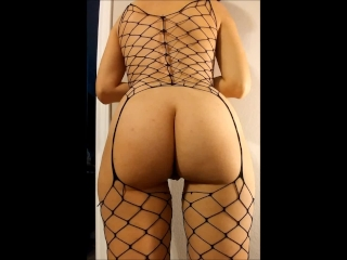 Big Ass Amateur GF Shakes It, Sucks, Fucks, and Strokes Cock to Completion