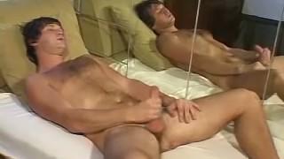 Бесплатное порно - Foot Friends Фут-Фетиш Ебарь Со Страстью Дрочит Свой Большой Хуй
