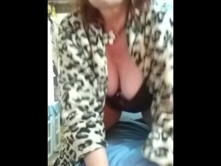 V63 Stunning redhead dawnskye does jackoff/orgasm denial...gently