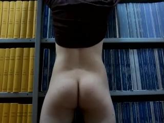 Exhib #4 - Retour dans la bibliothèque