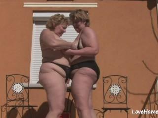 Big ass lesbian orgy