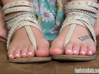Zoey Monroe Foot Fetish Gummy Bears