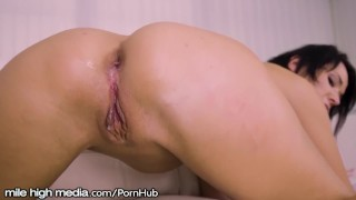 Mmmmm That Creampie Drips Out of Russian MILF Ass! porno