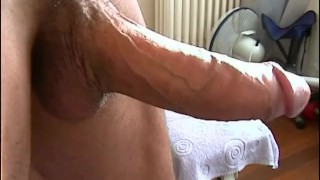 Full video: Jerkoff of an handsome guy until cumshot. 4