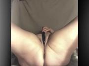 Mrscummslut makes herself cum
