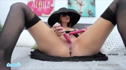 crazy double squirting pussy squirts all over the bed