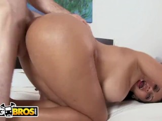 BANGBROS – Colombian Slut Cielo Has A Whole Lot Of Ass and Tits!