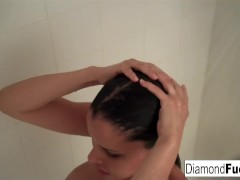 Diamond Kitty Decides To Get Wet And Wild In The Shower