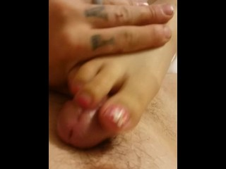 Solo /Wife Footjob