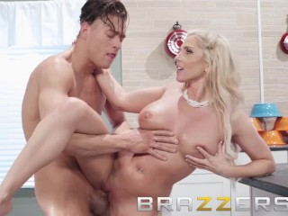 Brazzers – Chistie Stevens knows, Why bake when you fuck,