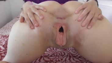 Dirty talk while spreading my gaping pussy