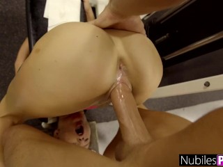 Unexpected Hard Fuck For Carolina Sweets – Gym Selfie S1:E5
