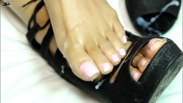 Footjob Amateur Loren Love gets Her High Heels Cum Coated by Black Cock
