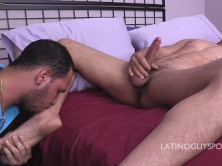 LATINO PAPI DAGUY FACEFUCKING ITALO