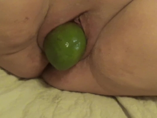 2018-02-11 - fuckmeat's cunt, a mango and a fist
