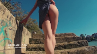 Flashing Sevilla! Public Masturbation and Blowjob - Amateur Couple LeoLulu porno