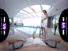 TmwVRnet.com - Ellen Betsy - Nasty Fuck near The Swimming Pool