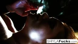 Fetichismo de fumar de Shyla