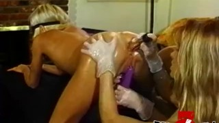 Kinky dyke babes strapon fucking in luscious threesome porno