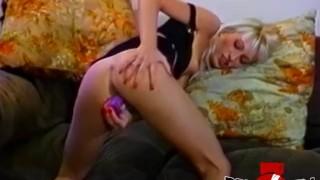 Kinky dyke babes strapon fucking in luscious threesome porno