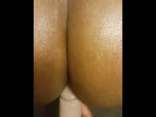 Fucking Lady Anderson With 2 Female Orgasms
